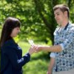 couple-1363950_640